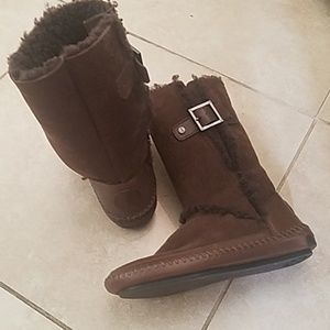 Tory Burch Shearling Moccasins Boots